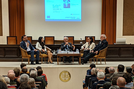Postigo, Savater y Garrigues conversaron sobre ciencia y tecnología