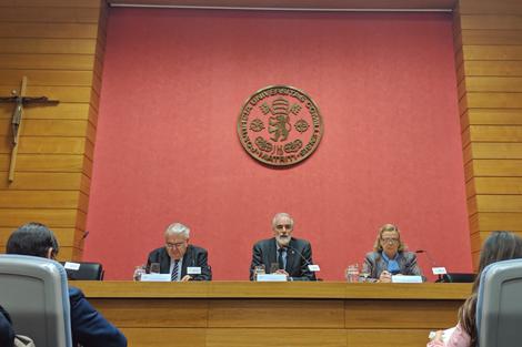 El presidente del Tribunal Constitucional visita Comillas ICADE