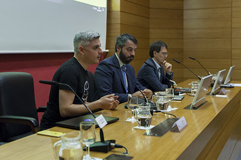 Álvaro López, Coordinator of the Chair for Smart Industry, Asier Arranaz, and Juan Sánchez Toural, both from IBM